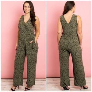 GILLI Plus Size Olive Abstract Print Jumpsuit